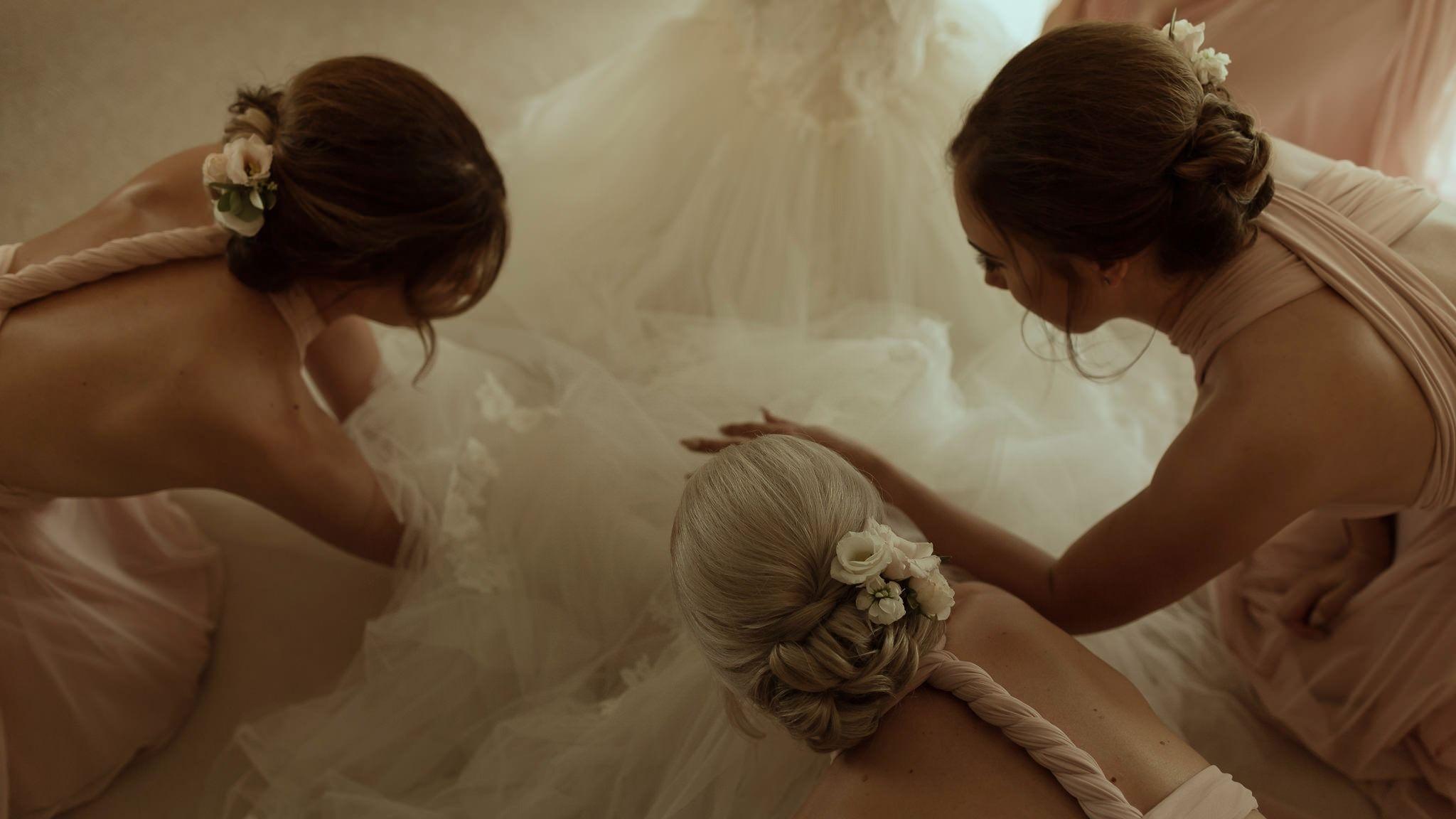 Cambridge Contemporary Wedding Photographer