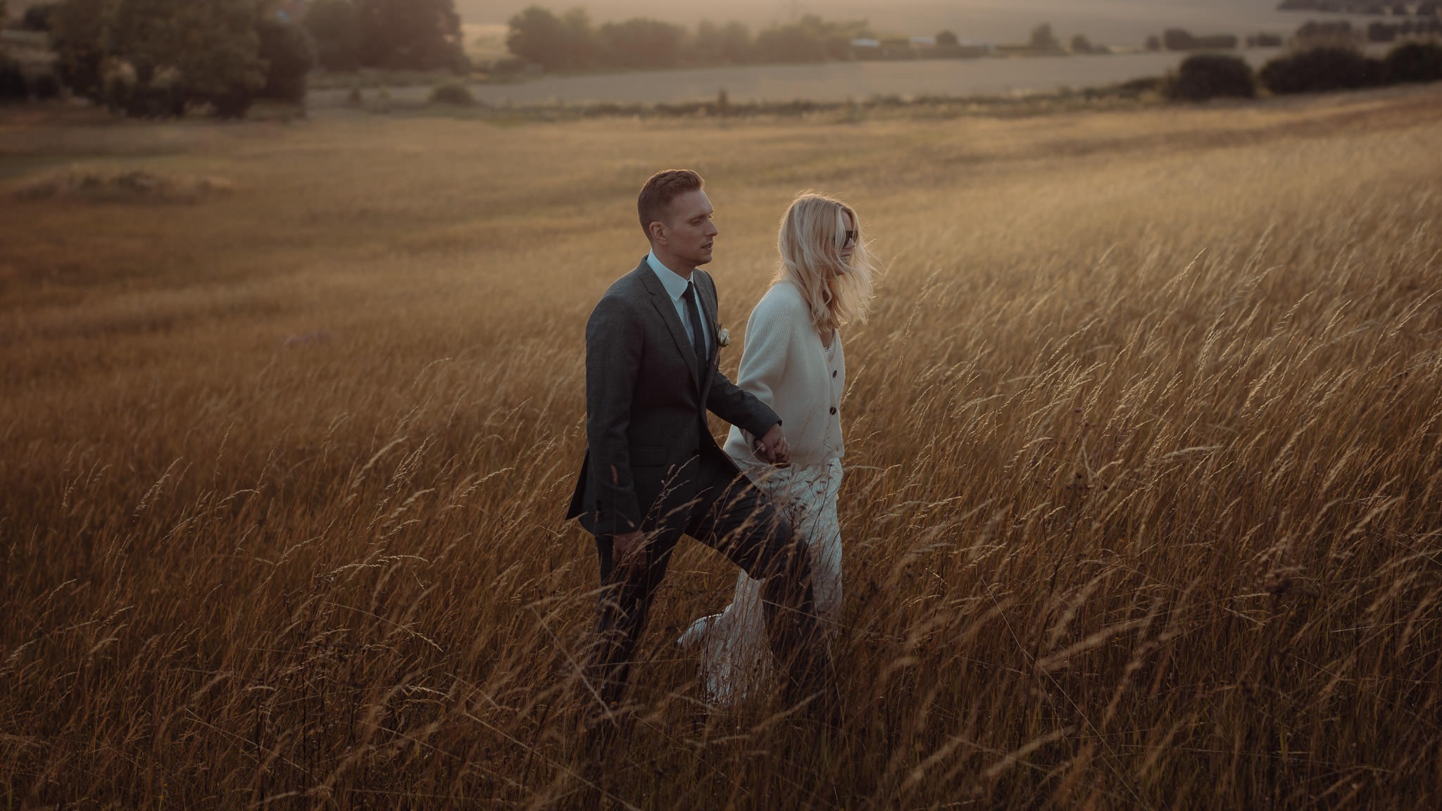 Contemporary Cotswolds Wedding Photography